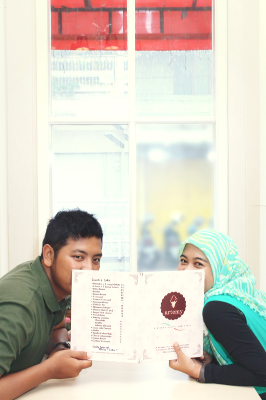 Prewedding-Cafe-#1
